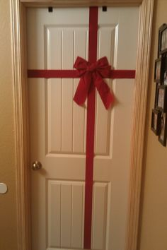 Christmas decorations on a budget. Use thicker ribbon, this willalso make a bigger bow.