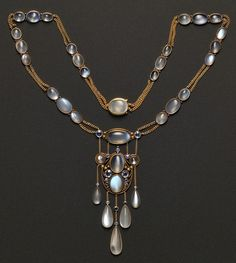Arts and crafts moonstone and sapphire pendant necklace attributed to Frank Gardner Hale | JV