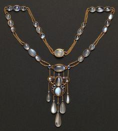 moonstone & sapphire necklace, beautiful