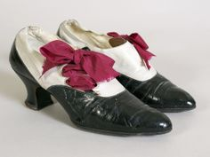 "Shoes: 1920, leather, label: ""Scotts Shoes Cleveland."" 1920, KSUM 1996.58.147 ab."