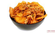 Pui cu cartofi picanti Snack Recipes, Snacks, Thai Red Curry, Chips, Ethnic Recipes, Food, Snack Mix Recipes, Appetizer Recipes, Appetizers
