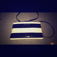 Kate Spade cross body Lightly used with duster bag kate spade Bags Crossbody Bags