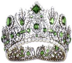 Made in 1810 by Francois Regnault for Etienne Nitot et fils featuring 79 Emeralds and 1,006 Diamonds
