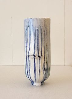 Water Head - Ceramic sculpture by Niqui Kommerkamp. Various oxides. 28 x 13 x 13