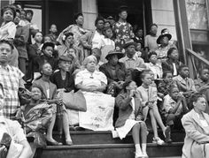 History of the Chicago Defender Charities Bud Billiken ® Parade And Picnic © The Chicago Defender was founded by Robert Sengstacke Abbott on May 5, 1905. …