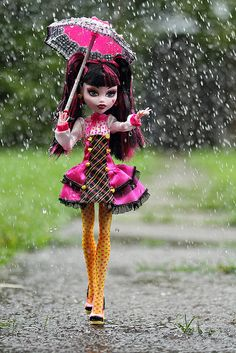 Monster High Draculaura. I wish I had dolls like these instead of Barbie!!
