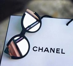Chloe Sunnies - Black/ Rosegold embody the essence of elegance. Born in New York with unique cat-eye opened lenses which remain super durable or protective. Fashionably trending sunglasses in Cute Glasses, Glasses Frames, Glasses Style, Cat Eye Sunglasses, Sunglasses Women, Chanel Sunglasses, Summer Sunglasses, Oakley Sunglasses, Sunglasses Accessories