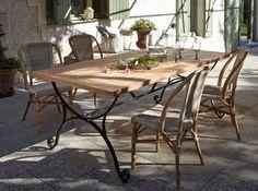 chaises bistro ©la Redoute #jardin #table #fer #forgé