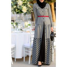 checkered dress checkered dress outfit islamic clothes islamic clothes online usa islamic clothes near me Abaya Fashion, Modest Fashion, Trendy Fashion, Fashion Outfits, Fashion Fashion, Long Sleeve Maxi, Maxi Dress With Sleeves, Shirt Dress, Hijab Dress