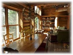 Luxury Log Home Minutes from Harbor Springs and Lake Michigan