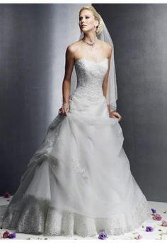 Robe de mariée originale avec voile organdi et dentelle
