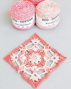 The start of a new project! 💥 This is the beautiful ! 🌸 A stunning pattern from 💕 . Crochet Granny, Knit Crochet, Butterfly Effect, Granny Squares, Free Pattern, Crochet Earrings, Quilts, Afghans, Sewing