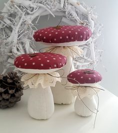 Three beautiful mushrooms in different sizes, decorated with bobbin lace, . Christmas Gnome, Christmas Sewing, Handmade Christmas, Diy Plastic Bottle, Sewing Projects, Diy Projects, Woodland Decor, Christmas Decorations, Christmas Ornaments