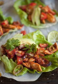 Lettuce tacos with chipotle chicken recipe! Would definitely use the chipotle chicken for other meals too! Paleo Recipes, Mexican Food Recipes, Cooking Recipes, Crockpot Recipes, Paleo Meals, Paleo Food, Healthy Meals, Lettuce Tacos, Lettuce Wraps
