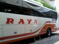agen bus raya 300x225 Foto Bus di Terminal Solo Tirtonadi