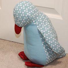 Penguin doorstop - make for Pintip!