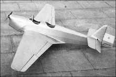 Ae.C.4, año 1936. El Ae. C.4. fue un avión monoplano de turismo de origen argentino. El proyecto es una versión mejorada del Ae.C.3.G con líneas más aerodinámicas. Se construyó solamente un prototipo.