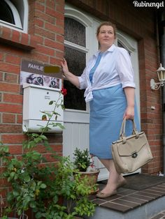 Plus Size Fashion Blog Iceblue Shift-Dress with withe Blouse Dress sewed by me