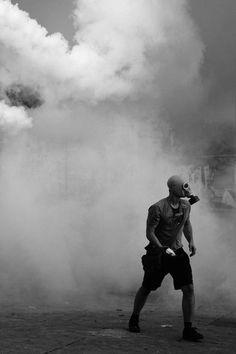 the police is shit Royal Wallpaper, Dark Wallpaper, La Haine Film, Arte Punk, Arte Horror, Post Apocalyptic, Apocalyptic Fashion, Photo Instagram, The Villain