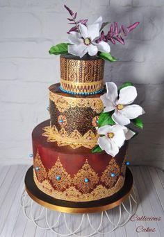 Claret Springtime  - Cake by Callicious Cakes