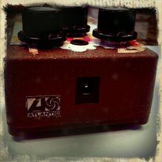 http://custard-pie.com/ My custom Zeppelin II delay pedal complete with Atlantic Records logo.