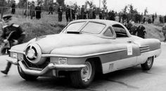 În anul 1951 ia naştere un nou prototip al industriei constructoare de maşini din Rusia, modelul ZIS-112. Poreclit şi ciclopul , automobilul sport a fost conceput într-o variantă decapotabilă, cu 2 locuri, şi a participat în diverse competiţii naţionale. ZIS-112 a avut la început un ...