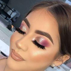 Seductive Makeup, Flawless Makeup, Beauty Makeup, Purple Makeup Looks, Makeup Eye Looks, Makeup Inspo, Makeup Inspiration, Fire Makeup, Natural Eye Makeup