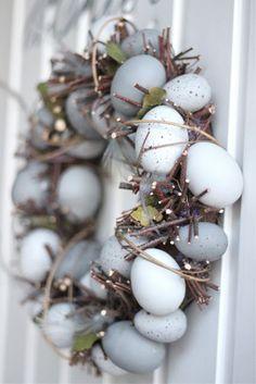 mooie krans van eitjes voor pasen....