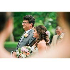 Look at her cheek. Love #pghwedding #outdoorwedding #outdoorpghwedding #krystalhealyphotography #burghbride #pghwedding #pittsburghwedding #pittsburghweddingphotographer #succopwedding #succop #succopconservancy
