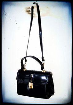 Petit Sac Vernis 70's - Carlita Vintage Shop - Boutique en ligne de Mode Vintage, Vêtements ,Accessoires et Brocantes