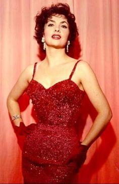Gina Lollobrigida (Nick for Luigina Lollobrigida - Subiaco, 4 luglio 1927), aka Lollo... One of the greatest (and sexiest) italian actress