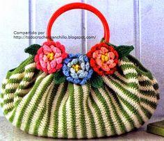 Patrones para confeccionar bolso a rayas con apliques de flores y hojas