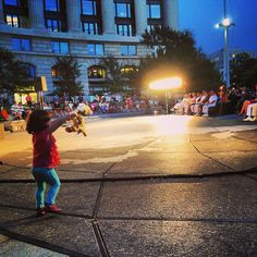 """""""in Washington D.C. listening to the U.S. Navy Band's midsummer concert they began to play Circle of Life. Then, something incredible happened: a little girl in the audience lifted her stuffed version of baby Simba in the air as a tribute to The Lion King's opening scene."""" 1. Kids are great. 2. This kid is the best. 3. The Circle of Life really does move us all."""