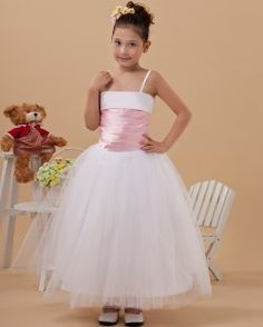 Find affordable ball gown spaghetti straps tulle first communion dresses, flower girl dresses, wedding party dresses at discount prices Pink Flower Girl Dresses, Wedding Dresses For Girls, Girls Party Dress, Wedding Party Dresses, Girls Dresses, Ball Dresses, Ball Gowns, Bridesmade Dresses, Bridesmaid Dress