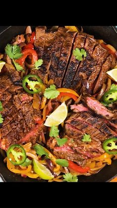 Juicy and delicious skirt steak fajitas. De totally from scratch with homemade seasoning to make a homemade marinade for tender skirt steak make a simple. Ick and easy dinner for the whole family. Make it in a cast iron skillet or on the grill! Authentic Mexican Recipes, Mexican Food Recipes, Beef Recipes, Steak Fajita Marinade, Easy Steak Fajitas, Fajita Grill, Homemade Fajita Seasoning, Homemade Seasonings, Homemade Fajitas