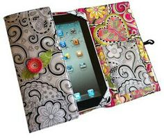 iPad Cover Pattern, wonder if I could adjust this for my samsung tablet Capas Kindle, Fabric Crafts, Sewing Crafts, Coque Ipad, Craft Projects, Sewing Projects, Tablet Cover, Kindle Cover, Creation Couture