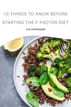 Here are ten things to know before you start the F-Factor Diet. The F-Factor diet places fiber as the most important nutritional benefit for weight loss and health benefits. Focusing on the high fiber macronutrients of carbs, proteins, and fats can help with a healthy gut microbiome and weight loss. Whole food sources of fiber like healthy grains are on the list of diet friendly foods. #MyFitnessPal #ffactordiet #Highfiberdiet #fiber #diettips #weightlosstips #dietplan Healthy Water, Healthy Grains, Healthy Eating Tips, Healthy Cooking, Eating Plans, Diet Plans, The F Factor Diet, Low Sugar Diet, Mind Diet