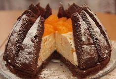 Mandarínková torta Kilimandžáro - Recept som našla na internete, veľmi sa mi… Sweet Desserts, Sweet Recipes, Cake Recipes, Czech Recipes, Russian Recipes, Biscotti Cookies, Cake Cookies, Amazing Cakes, Sweet Tooth