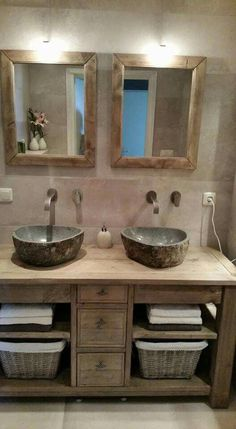 Bathroom Decor sink Waschbecken im Badezimmer - - bathroomdecor Vintage Bathrooms, Rustic Bathrooms, Small Bathrooms, Rustic Bathroom Vanities, Bad Inspiration, Bathroom Inspiration, Rustic Bathroom Designs, Bathroom Colors, Bathroom Ideas
