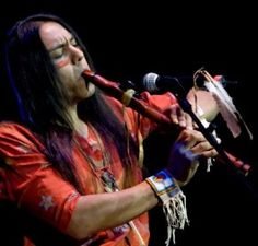 Robert Mirabal (born Native American flute player & maker from Taos Pueblo, NM. His flutes are world renowned; An award-winning musician, Mirabal performs worldwide, sharing flute songs & tribal storytelling Native American Music, American Indian Art, Native American History, American Pride, Native American Indians, Native Flute, Taos Pueblo, Native Indian, First Nations