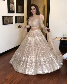Looking To Create Or Customise Your Bridal Outfit Or Any Show Stopping Party Wear Outfit. Gown Party Wear, Party Wear Indian Dresses, Designer Party Wear Dresses, Party Wear Lehenga, Indian Gowns Dresses, Indian Bridal Outfits, Indian Fashion Dresses, Indian Reception Outfit, Reception Gown