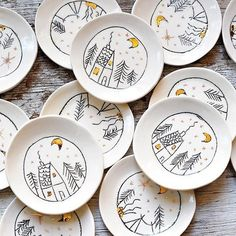little house, winter scene, plate decoration - little house, winter scene, plate decoration - Ceramic Spoons, Ceramic Clay, Ceramic Plates, Ceramic Painting, Ceramic Pottery, Pottery Painting Designs, Pottery Designs, Diy Clay, Clay Crafts