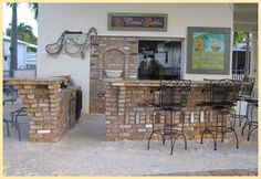 Outdoor Kitchen by Brandel Masonry in South Florida.