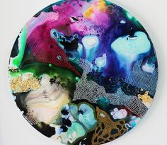 Epoxy Resin artwork in all shapes and colours. Commission artwork is availavle upon request to suit all your artwork needs