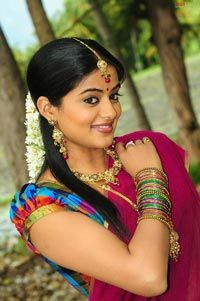 Beautiful Priyamani in Langa Voni