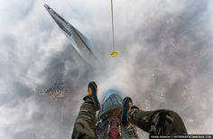 Rooftoppers Secretly Climb 650-Meter-High Crane in Shanghai - My Modern Metropolis