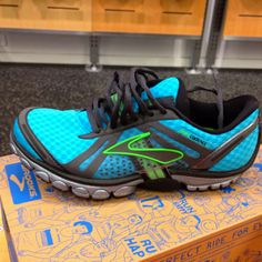 Shoes that makes you feel like your running on mats!