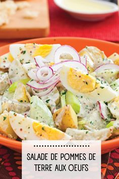 La salade de patates aux oeufs est un classique dont on ne se lasse pas. C'est une recette facile, mais ô combien efficace! Cantaloupe, Potato Salad, Potatoes, Fruit, Ethnic Recipes, Food, Salads, Drinks, Side Dishes