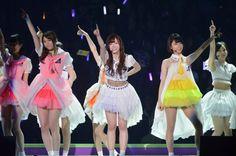 乃木坂46、デビュー2周年記念ライブの模様、6thシングル「ガールズルール」 (C)ORICON NewS inc.