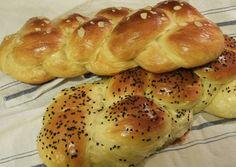 κύρια φωτογραφία συνταγής Ψαγμένα Τσουρέκια! Greek Desserts, Sweet Bread, Bagel, Food Inspiration, Sweet Tooth, Food And Drink, Sweets, Recipes, Breads